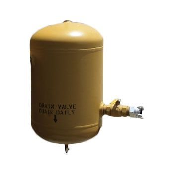 Air manifold tank/moisture trap with valve